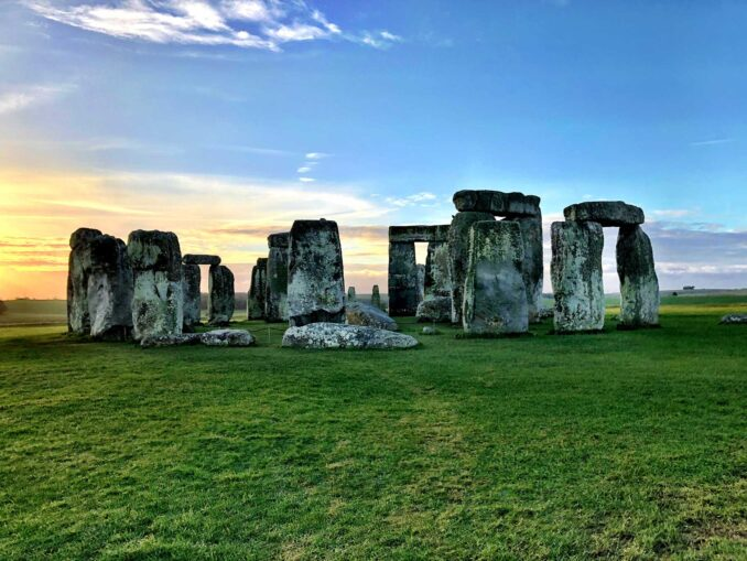 Stonehenge photo by Brooke Bell, Unsplash
